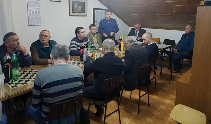 """U prostorijama kluba ŠK """"Radnik"""", Velimirovac održana je izvještajno izborna skupština kluba."""